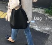 休閒斜挎側背包可調節軟皮子母大包
