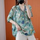 民族風上衣 大碼女裝夏季胖mm遮肚子顯瘦V領上衣民族風印花減齡短袖t恤寬鬆潮 阿薩布魯