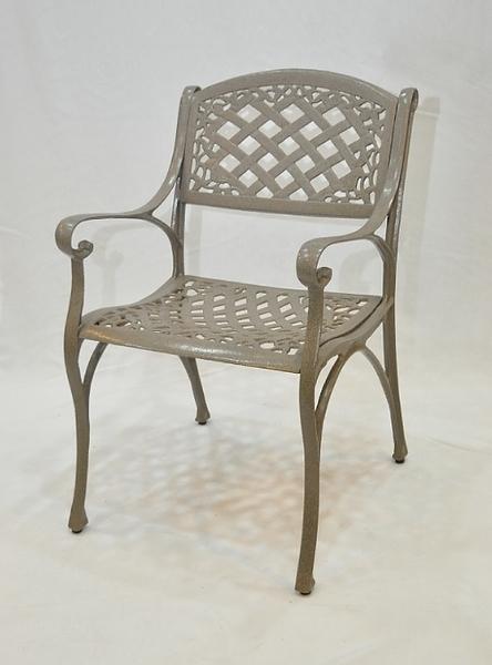 【南洋風休閒傢俱】戶外休閒桌椅系列- 鋁合金金格扶手椅 戶外休閒餐椅(#20305)