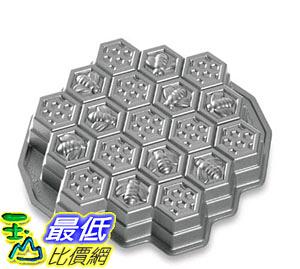 [美國直購] 蜂窩模具 Nordic Ware Honeycomb Pull-Apart Dessert Pan 85437AMZ