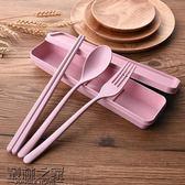 【雙11】青芝堂筷子勺子套裝小麥秸稈餐具三件套叉子學生便攜成人大號創意折300