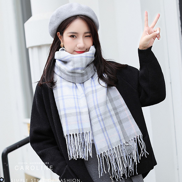 《Caroline》★ 本年度新款秋冬百搭格子仿羊絨披肩  質地細膩舒適柔軟兩用圍巾71823