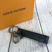 BRAND楓月 LOUIS VUITTON LV 路易威登 M68675 黑 LOGO 皮飾 金屬 鑰匙釦 鑰匙圈 配飾