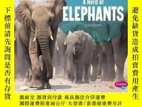 二手書博民逛書店A罕見Herd of ElephantsY346464 Amy