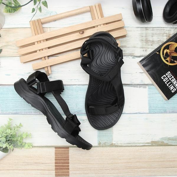 【富發牌】沙灘悠閒感女款涼鞋-黑 1ML185