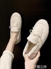 懶人鞋 毛毛鞋女冬季外穿懶人一腳蹬羊羔毛平底豆豆加絨棉鞋 芊墨