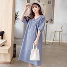 漂亮小媽咪 寬鬆格子V領五分袖洋裝【D7...