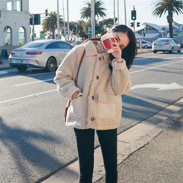 【現貨】梨卡-保暖加厚短版絨毛羊毛羔大衣-毛料外套加厚毛絨寬鬆短款翻領大衣外套FR045