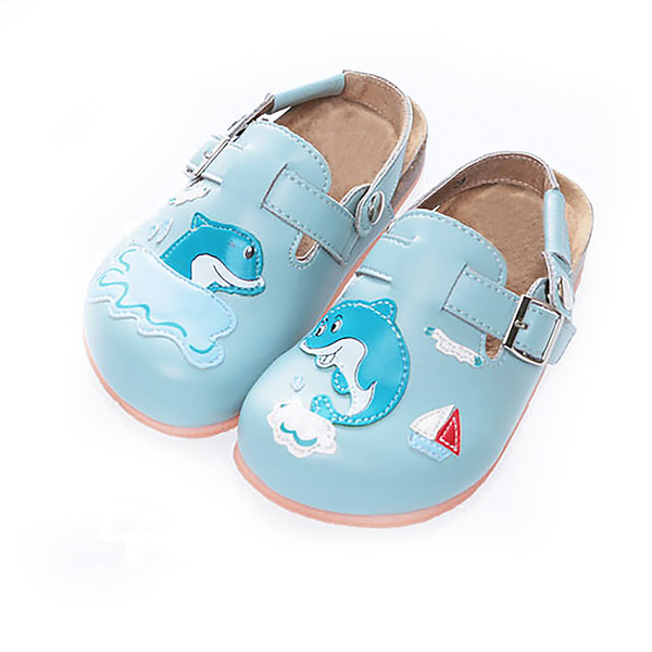【Jingle】藍色小海豚前包後空軟木休閒鞋(天空藍大人款)