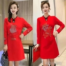 時尚洋裝 新年款改良復古旗袍裙牛年鑲鉆本命年大紅色羅馬錦棉長袖連衣裙女 快速出貨