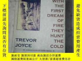 二手書博民逛書店with罕見the first dream of fire th