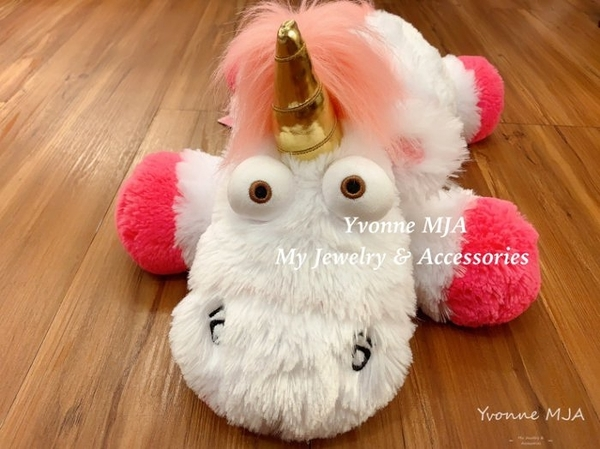 Yvonne MJA 日本大阪環球影城限量正版 fluffy unicorn 獨角獸 娃娃