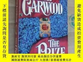 二手書博民逛書店英文原版罕見The Prize by Julie Garwood