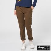 【JEEP】女裝修身口袋休閒長褲-咖啡色