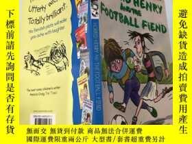 二手書博民逛書店horrid罕見henry and the football fiend 可怕的亨利和足球惡魔~~Y20039