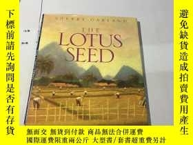 二手書博民逛書店英文原版:Lotus罕見Seed Garland, Sherry