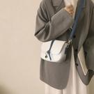 斜背包 小包包女2021新款潮高級感百搭法國小眾設計感網紅時尚斜背包夏季 晶彩 99免運