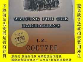 二手書博民逛書店Waiting罕見for the Barbarians 等待野蠻