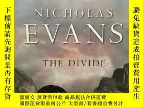 二手書博民逛書店簽名本罕見尼古拉斯·埃文斯 The Divide by Nich