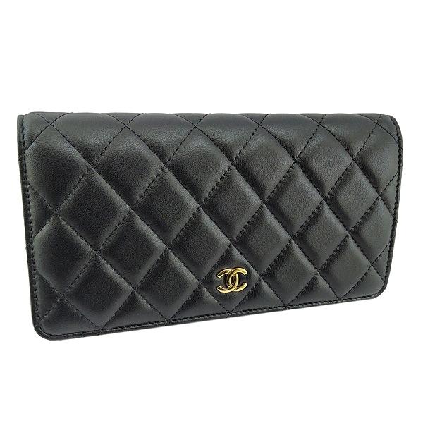 【奢華時尚】CHANEL 黑色菱格紋羊皮金釦八卡對折長夾(九成新)#25144