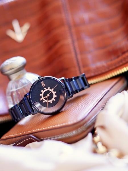 NATURALLY JOJO 半鏤空 晶鑽女錶 JO96966-88F
