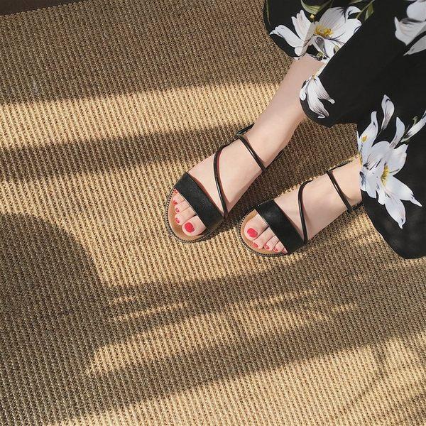 平底拖鞋.典雅希臘風平底拖鞋【KV313】黑/白