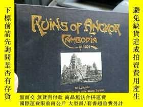 二手書博民逛書店英文原版罕見Ruins of Angkor: Cambodia