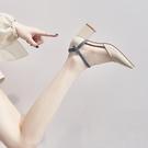 潮女涼鞋 包頭涼鞋女仙女風2021春新款粗跟單鞋女中空一字扣帶尖頭高跟鞋【快速出貨八折鉅惠】