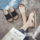 拖鞋 學生時尚休閒外穿拖鞋中跟鬆糕防滑海灘鞋〖korea時尚記〗
