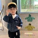 男童春秋外套插肩袖寶寶連帽風衣外套【聚可愛】