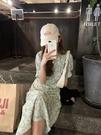 最小的海 韓版系帶v領碎花洋裝收腰顯瘦裙子女2021夏季氣質長裙 設計師