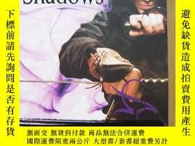 二手書博民逛書店The罕見Way of Shadows BRENT WEEKS