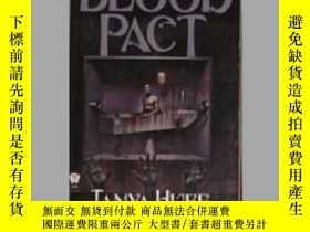 二手書博民逛書店英文原版罕見Blood Pact by Tanya HuffY1