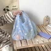 新款網紗刺繡小雛菊可愛購物袋手提包包【聚可愛】