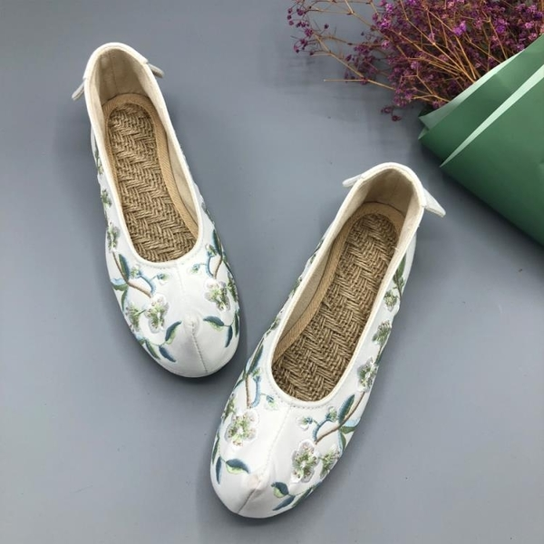 傳統漢服搭配老北京布鞋繡花鞋表演弓鞋翹頭鞋中國民族風女鞋平底