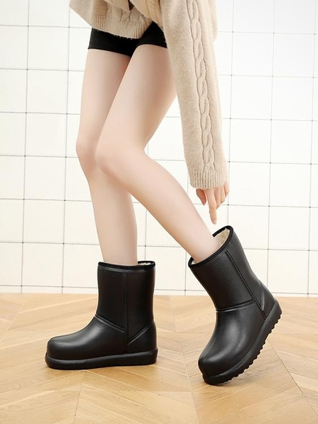 冬季雨鞋女保暖中筒雨靴