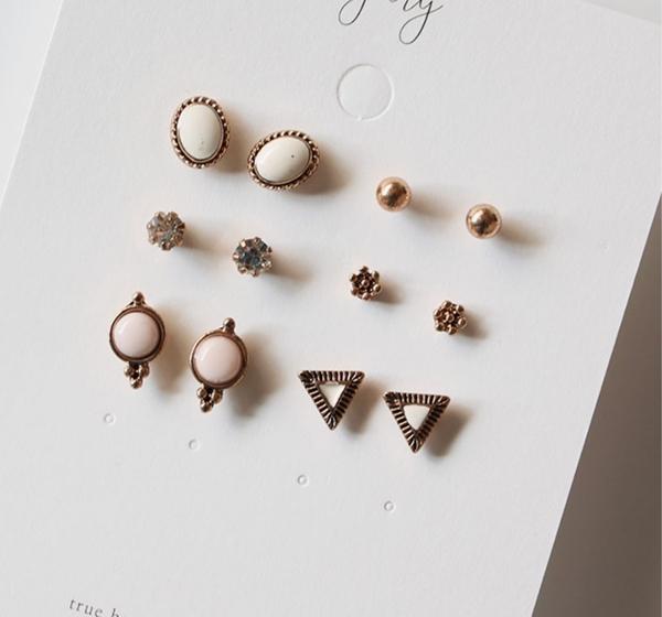 正韓復古三角珍珠鑽12件組合鋼針耳環~夏綠蒂didi-shop