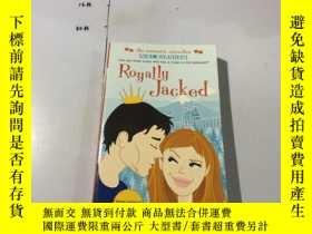 二手書博民逛書店英文原版:Royally罕見Jacked 封面有一個摺痕 書口封