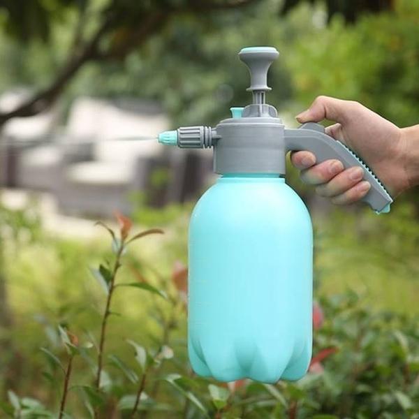 [拉拉百貨]豪華款 2L 氣壓噴瓶 氣壓式 噴瓶 園藝澆花瓶 噴霧器 水柱 打氣(無加長桿)