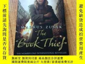 二手書博民逛書店The罕見Book Thief 偷書賊馬庫斯·祖薩克Y15640