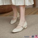 熱賣低跟鞋 低跟平底淺口單鞋女春季復古瑪麗珍鞋軟底仙女風珍珠一字帶奶奶鞋 coco
