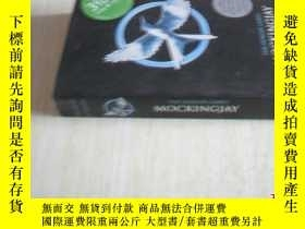 二手書博民逛書店英文原版罕見THE HUNGER GAMES MOCKINGJAYY7215 PART SCHOLASTIC