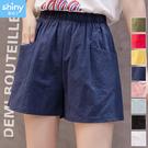 【V9261】shiny藍格子-夏日輕甜.彈力腰頭素色休閒短褲