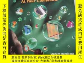 二手書博民逛書店English罕見at Your Command—— stude