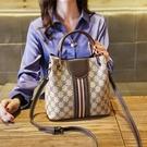 手提包 女包包2020秋冬新款側背包 時尚小ck時尚百搭水桶包 大容量單肩斜挎 店慶降價