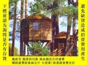 二手書博民逛書店Treehouses:罕見View from the topY3