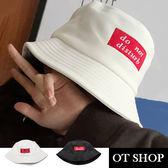 OT SHOP帽子‧彈性棉春夏漁夫帽盆帽遮陽帽‧韓版文青街頭嘻哈穿搭配件‧現貨黑色/白色‧C1934
