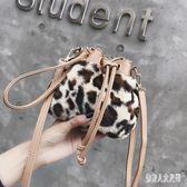 水桶包KISS ME小包包女2019新款韓版豹紋包手提包單肩斜挎包 qw4881『俏美人大尺碼』