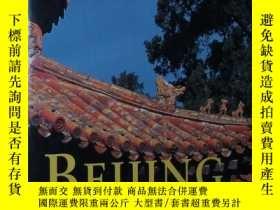 二手書博民逛書店◇英文原版書罕見Beijing Walks: Exploring