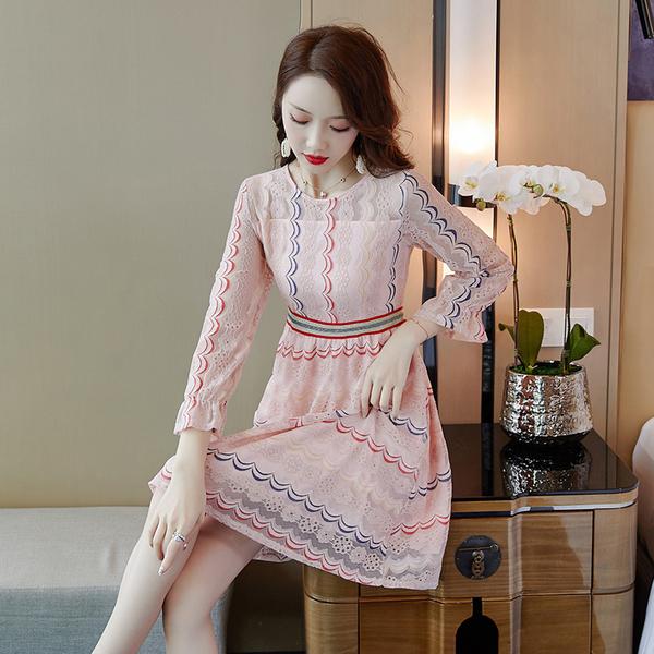 VK旗艦店 韓系長袖小香風氣質蕾絲波浪線條長袖洋裝